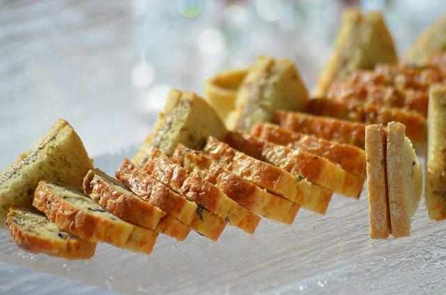 Cake salé italien (au poulet, tomates séchées, pesto)